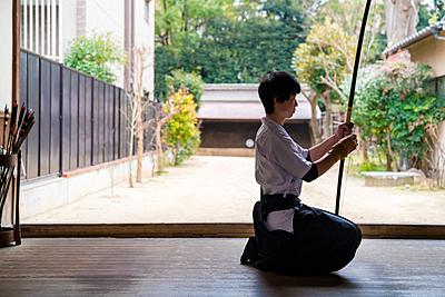 【初心者必見!】弓道の始め方や注意点  弓道