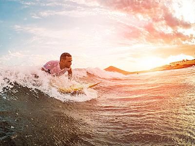サーフィンの基本動作テイクオフのコツや練...|サーフィン