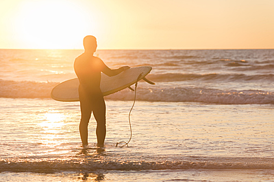 サーフィンのソフトボードの選び方と人気おす...|サーフィン