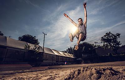 【2019年最新】陸上競技走り幅跳びのおす...|陸上