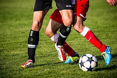 【サッカー】デュエルについて徹底解説|サッカー