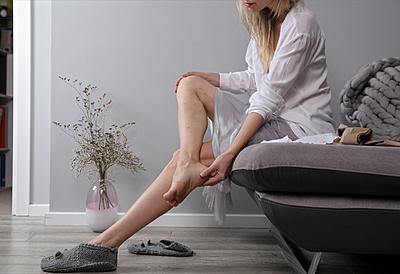 足のむくみの要因と改善のツボを紹介! フィットネス