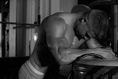 筋肉痛の時はランニングしても良いの?休むべ...|ランニング