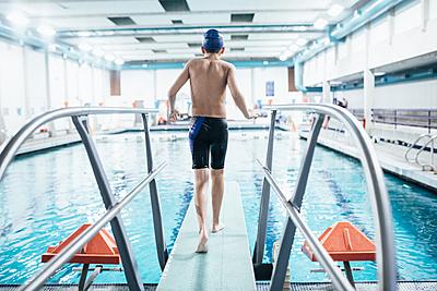 専用ならどれ選べばいい?水泳用水着の選び方...|水泳