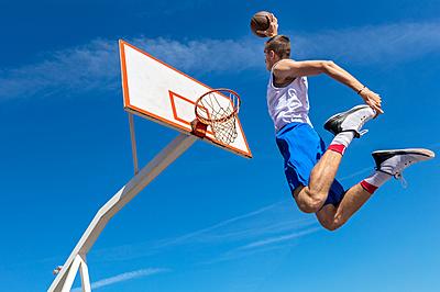 自宅で練習できる!家庭用バスケットゴールの... バスケットボール