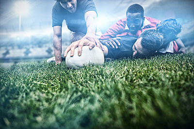 ラグビートレーニングジャージは伸縮性と耐久...|ラグビー