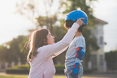 インラインスケートにヘルメットはなぜ必要?...|インラインスケート