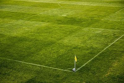 サッカーのフィールドについて徹底解説!|サッカー