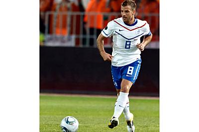 【蹴り方のポイントは股関節】サッカーにおけ...|サッカー