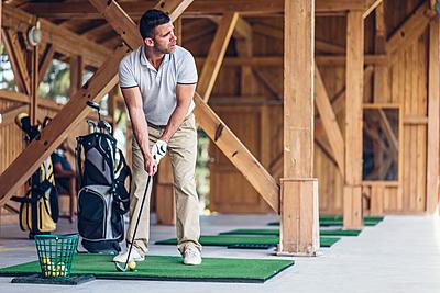 ゴルフのトップについて解説!トップの原因や... ゴルフ