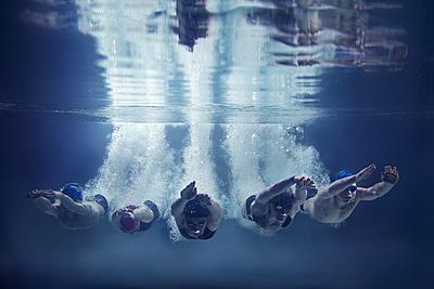 水泳の飛び込みのコツや基本ルールを解説!か...|水泳