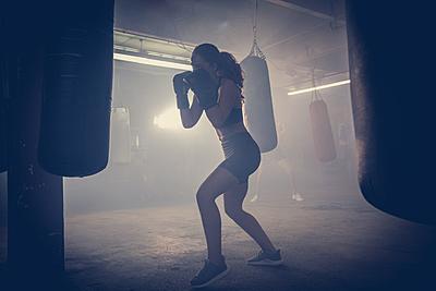 ボクシングに縄跳びは効果的!ボクシングでお... ボクシング