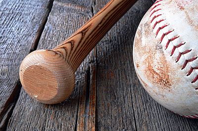 人気ソフトボールバット「カタリスト」の魅力...|ソフトボール
