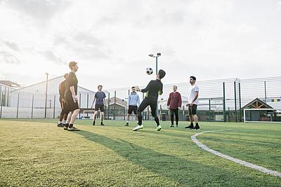 サッカーのロンドとは?ルール・やり方・試合...|サッカー