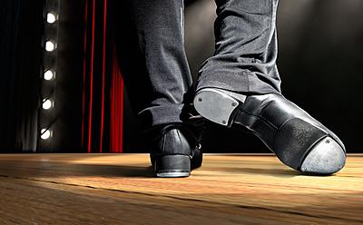 タップダンスで最初に覚えるべき2つのステッ...|ダンス