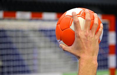 ハンドボールとは?特有の用語も解説!|ハンドボール