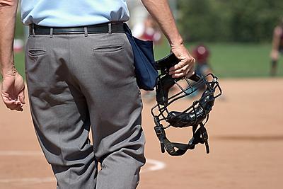 野球審判に必要な用品10選を紹介!野球審判...|野球