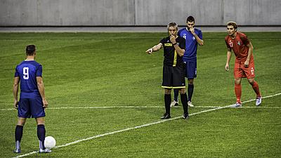 【サッカーの新ルールを徹底解説!】キックオ...|サッカー