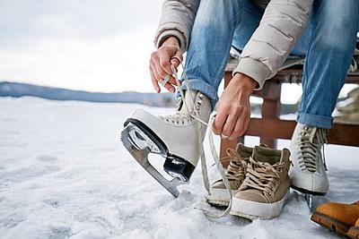 アイススケートには何が必要?アイススケート...|アイススケート