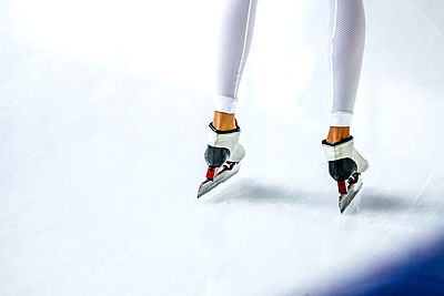 何を履けばいい?アイススケート用靴下の選び...|アイススケート