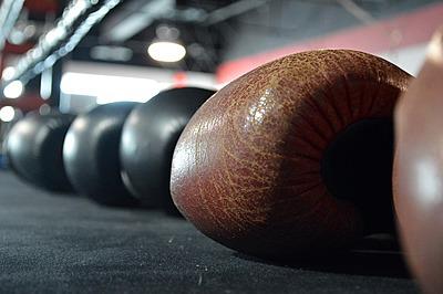 キックボクシンググローブの選び方と人気おす...|キックボクシング