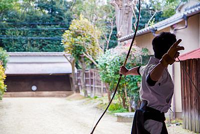 弓道で手につけている「かけ」の種類や注意点...|弓道
