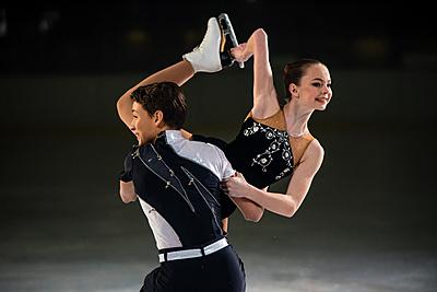 フィギュアスケート衣装人気おすすめ10選!...|フィギュアスケート