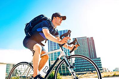 ロードバイク用リュックの選び方と人気おすす...|ロードバイク