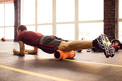 筋膜リリースで疲労改善!人気のストレッチポ...|筋トレ