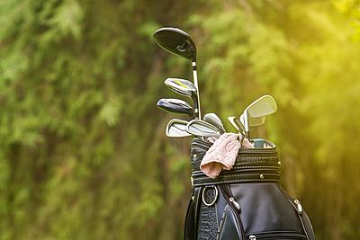 パーリーゲイツのゴルフバックの特徴と人気お...|ゴルフ