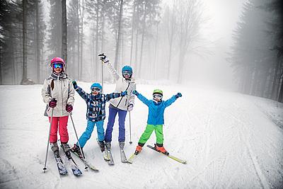 キッズ用スキーグローブの選び方と人気おすす... スキー