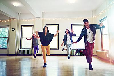 ダンス初心者必見!楽しく練習できるジャンル...|ダンス