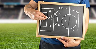 サッカーでよく聞くオフサイドトラップとは?...|サッカー