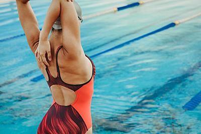 水泳に必要なストレッチおすすめ12選!動画...|水泳