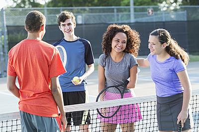 中学生でもわかる!?ソフトテニスの前衛と役...|テニス