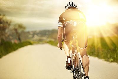 ロードバイクのペダリングのコツと最適なトレ... ロードバイク