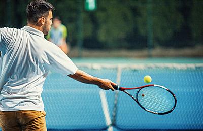テニスの「ストローク」はどうすれば上手になるの?!打ち方の基本や ...